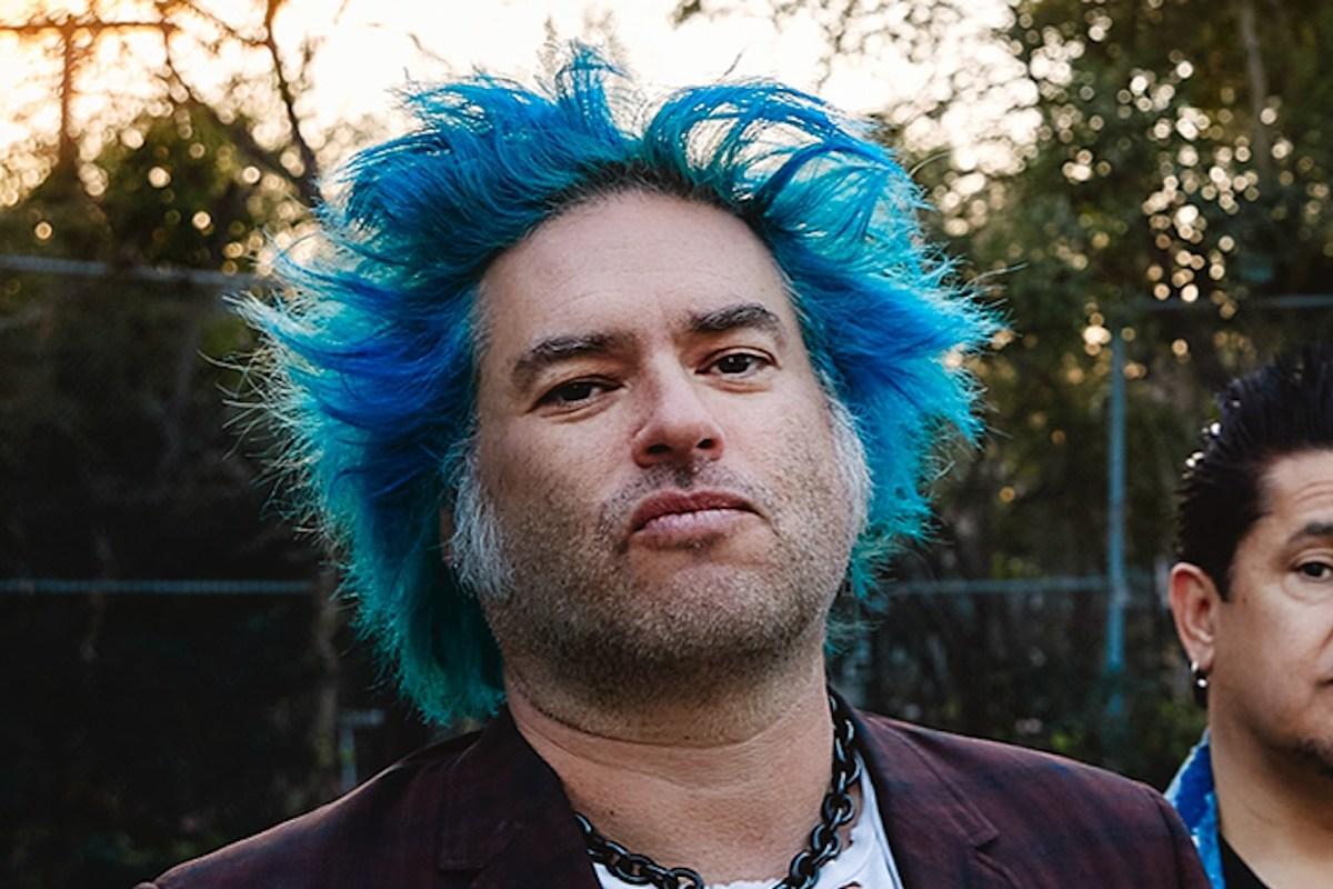 Fat Mike de NOFX está «super feliz» después de tres meses de sobriedad