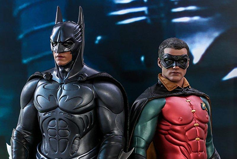 ¡Hot Toys presenta los personajes de Batman y Robin inspirados en Batman!