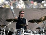 Fredrik Andersson se disculpa públicamente con los miembros de Amon Amarth